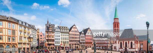 frankfurt tourists in romerberg alstadt old town landmarks panorama germany - frankfurt stock pictures, royalty-free photos & images