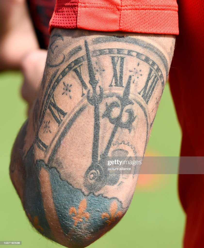 frankfurt's haris seferovic with a visible tattoo during the german