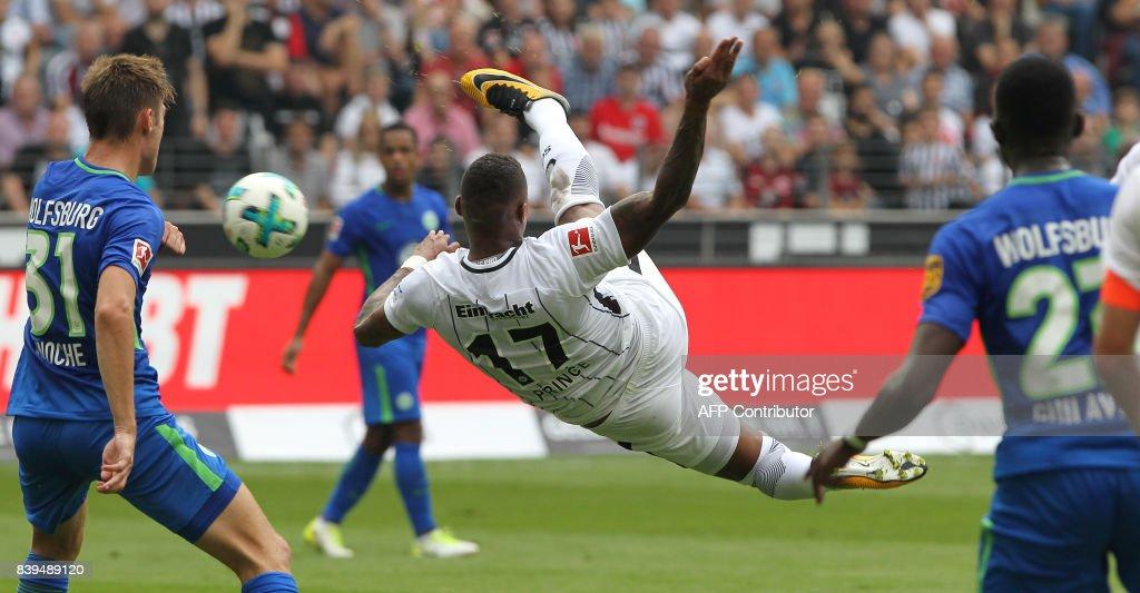 Frankfurt's midfielder Kevin Prince Boateng tries to score during the German First division Bundesliga football match between Eintracht Frankfurt and VfL Wolfsburg in Frankfurt, central Germany, on August 26, 2017. / AFP PHOTO / Daniel