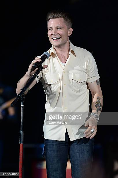 Frankie Ballard performs at the Coral Sky Ampitheatre on May 28 2015 in West Palm Beach Florida