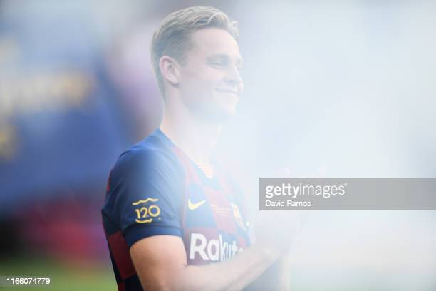 Frankie de Jong of FC Barcelona looks on prior to the Joan Gamper trophy friendly match at Nou Camp between FC Barcelona and Arsenal on August 04,...