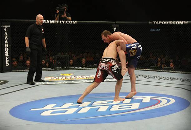 UFC 125: Frankie Edgar vs. Gray Maynard