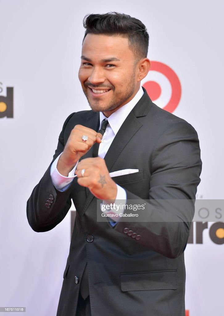 Frankie J arrives at Billboard Latin Music Awards 2013 at Bank United Center on April 25, 2013 in Miami, Florida.