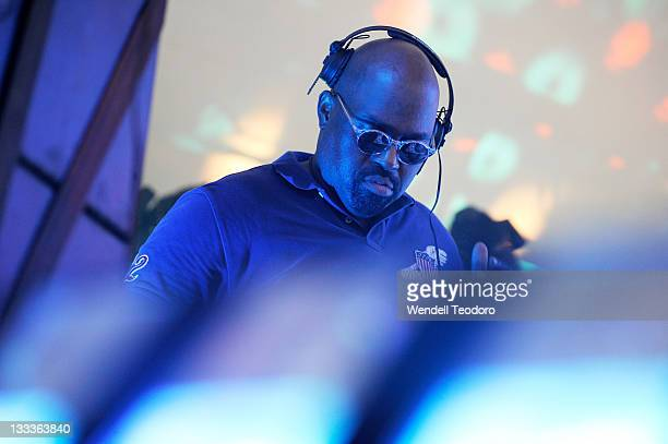 Frankie Knuckles performs during day 2 of the 2009 Electric Zoo Festival>> on Randall's Island on September 6 2009 in New York City