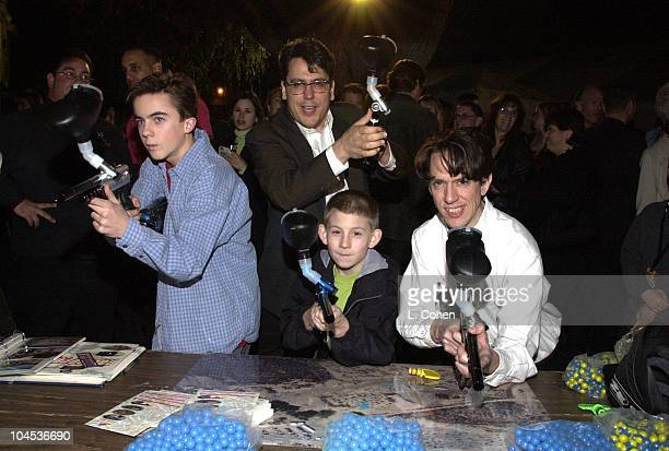 Frankie Muniz and Erik Per Sullivan of Malcolm in the Middle with John Flansburgh and John Linnell of They Might Be Giants