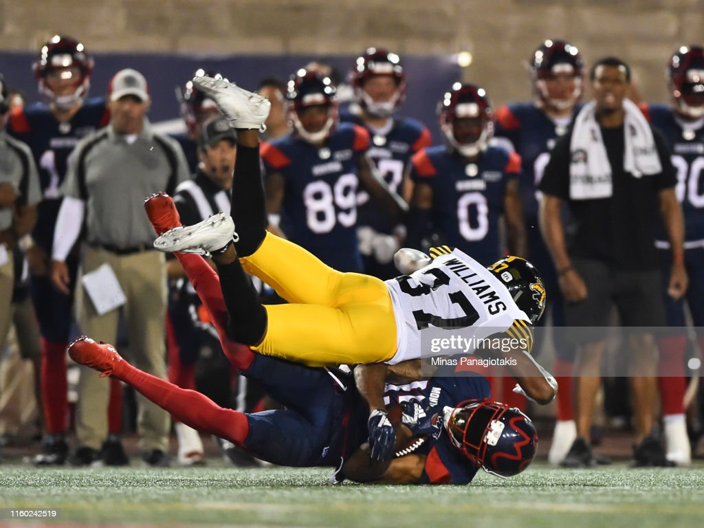Hamilton Tiger Cats v Montreal Alouettes : News Photo