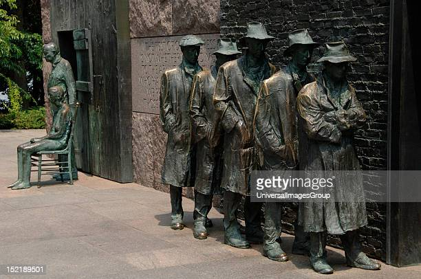 Franklin Delano Roosevelt Memorial Bronze statues that depict the Great Depression Waiting in a bread line by George Segal Washington DC United States