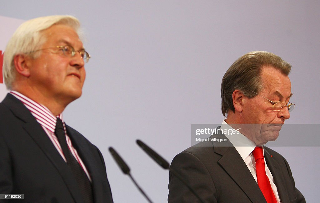 Frank-Walter Steinmeier, candidate of the Social Democratic Party in German Federal Elections, and SPD-Chairman Franz Muentefering, adress the media during the Election Night Party after first projections at the SPD headquarter on September 27, 2009 in Berlin, Germany. The SPD had to pocket massive losts reaching only 23.1 percent.