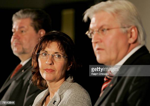 FrankWalter Steinmeier German Foreign Minister Andrea Ypsilanti and Kurt Beck Governor of the German state of RhinelandPalatinate and head of the...
