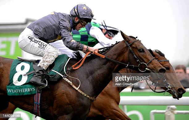 Franny Norton riding Good Morning Star win The Weatherbys Bank Cheshire Oaks from Joseph O'Brien riding Betterbetterbetter at Chester racecourse on...