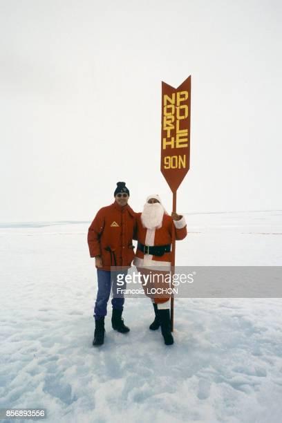 François Lochon et le Père Noël au Pôle Nord en 1997