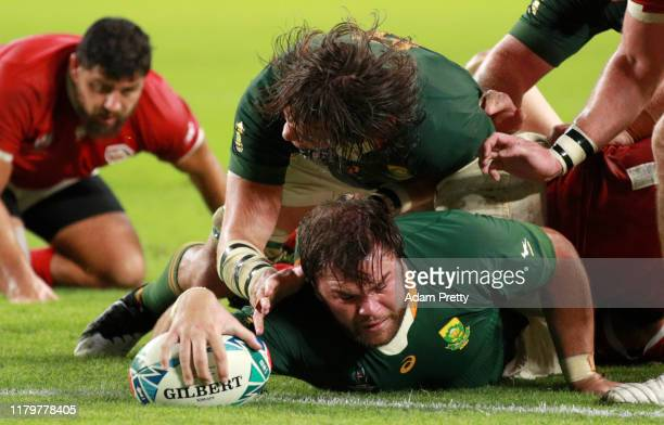 Frans Malherbe of South Africa scores his team's tenth try during the Rugby World Cup 2019 Group B game between South Africa and Canada at Kobe...