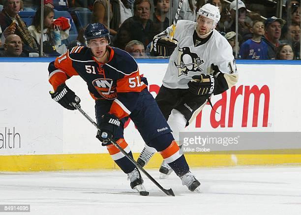 Frans Nielsen of the New York Islanders skates against the Pittsburgh Penguins on February 16, 2009 at Nassau Coliseum in Uniondale, New York....