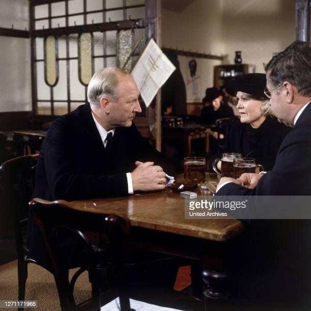 BRD 1981 / Franz Antel Gezeigt werden 7 Jahre aus dem Leben des bürgerlichen Fleischhauers und Selchermeisters Karl Bockerer der am selben Tag wie...