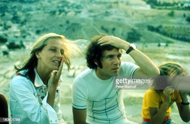 Franz Beckenbauer 1 ExEhefrau Brigitte Beckenbauer am Rande der Dreharbeiten für den Film Libero Jerusalem/Israel/Nahost Naher Osten Familie Urlaub...