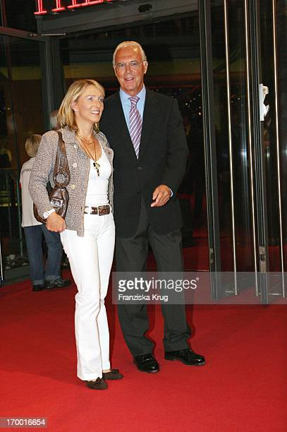 Franz Beckenbauer and his wife Heidrun At The Premiere Of Cinema Films By S Wortmann Germany A Summer Fairytale on 031006