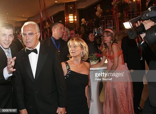 Franz Beckenbauer Ehefrau Sibylle Gisela Muth CharityVeranstaltung 10 UnescoBenefizGala Köln Deutschland Europa Maritim Hotel BallSaal Milliardärin...
