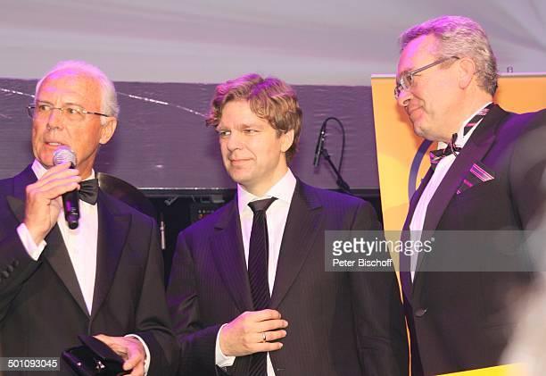 Franz Beckenbauer Michael Steinbrecher Mitarbeiter Deutsche Lufthansa AG Gala 29 Deutscher Sportpresseball Alte Oper Frankfurt Hessen Deutschland...
