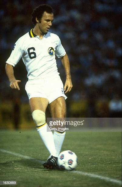 Franz Beckenbauer of New York Cosmos in action during a North American Soccer League match. \ Mandatory Credit: Allsport UK /Allsport