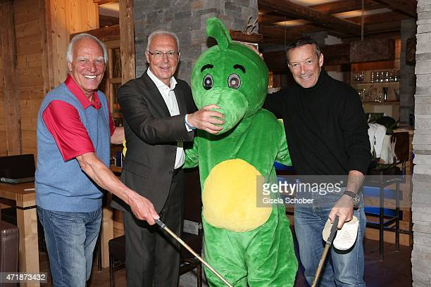 Franz 'Bulle' Roth Franz Beckenbauer Michael Roll during the Franz Roth Golf Cup gala evening in favour of Michael Roll Stiftung 'Tabaluga' on May 1...