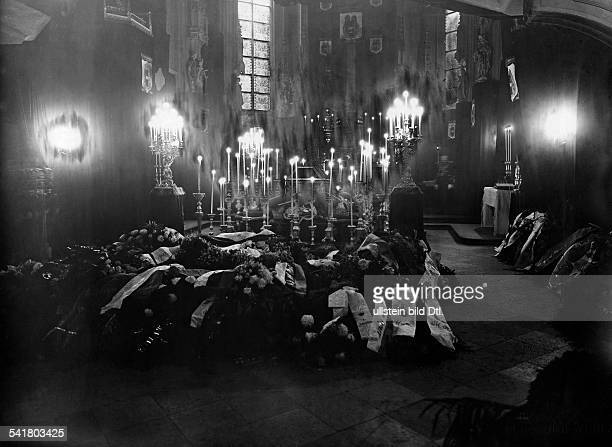 Franz Joseph I*18.08.1830-+Emperor of Austria 1848-1916King of Hungary 1867-1916Funeral in the Pfarrkirche in Vienna: the catafalque