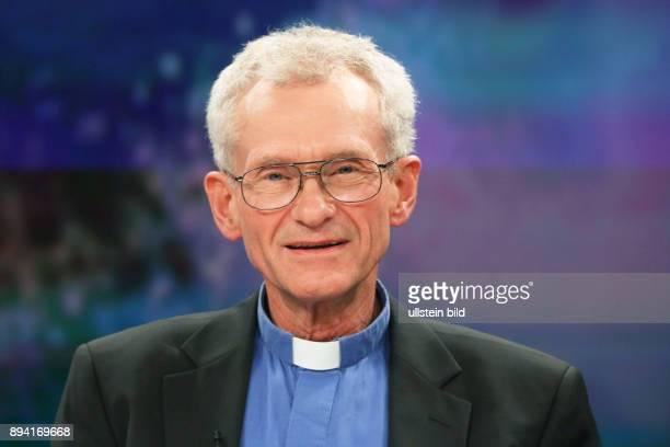 Franz Meurer in der ZDFTalkshow maybrit illner am in Berlin Abstiegsangst im reichen Land Warum wächst die Wut