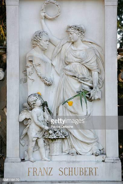 franz schubert's grave - cherub stock photos and pictures
