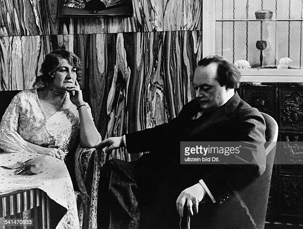 Franz Werfel *10091890Author Austria with his wife Alma MahlerWerfel undatedPhotographer Felix H Man