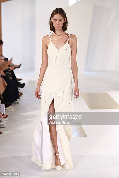 Franzi Mueller walks the runway at the Malaikaraiss defilee during the Der Berliner Mode Salon Spring/Summer 2017 at Kronprinzenpalais on June 28...