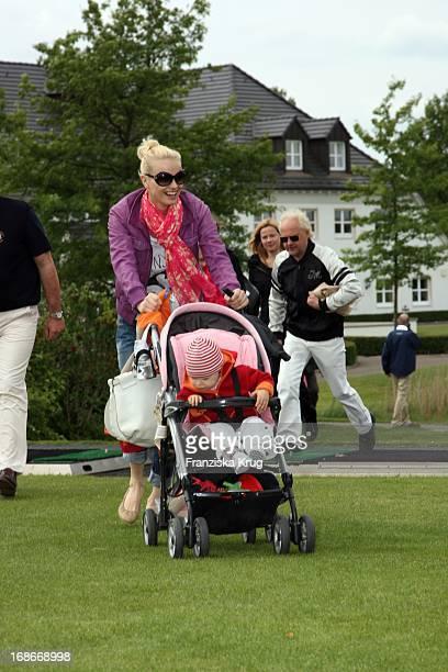 Franziska Knuppe and daughter Mathilda at BMW Golf Cup International 2009 in Wildenbruch/Michendorf