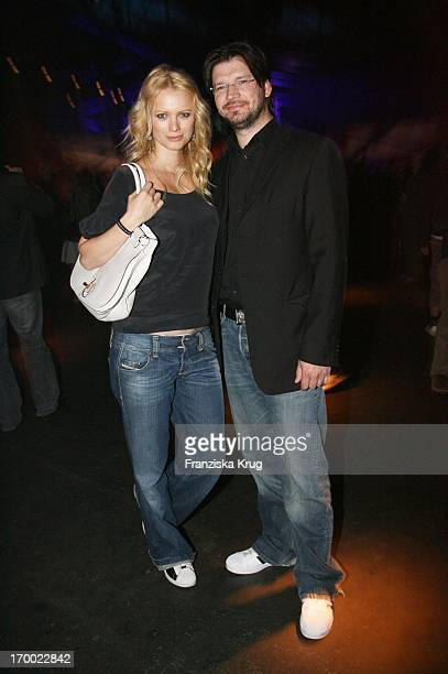 Franziska Knuppe And Her husband Christian Moestl After the presentation from Spider Man 3 in Berlin at 250407