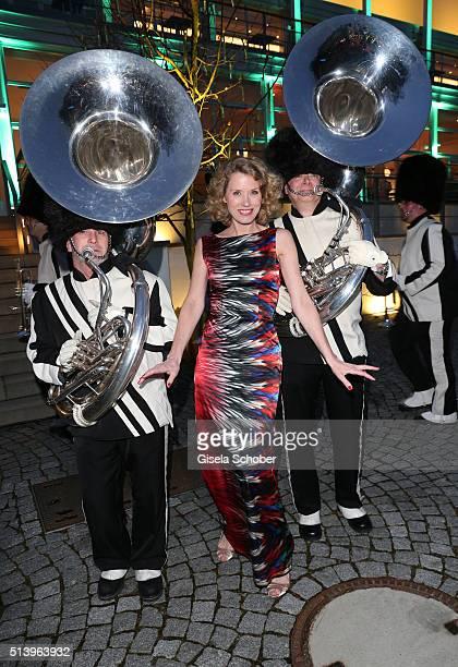 Franziska Reichenbacher with musicians during the Spring Ball Frankfurt 2016 on March 5 2016 at Palmengarten in Frankfurt am Main Germany