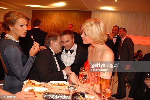 Franziska van Almsick Norbert Haug mit Freundin Anne Wis Gala 42 'Ball des Sports' RheinMainHallen Wiesbaden Hessen Deutschland Europa Party Feier...