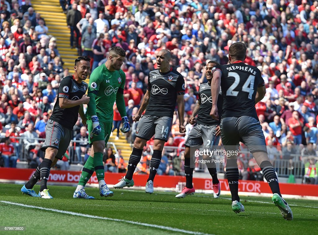 Liverpool v Southampton - Premier League : News Photo