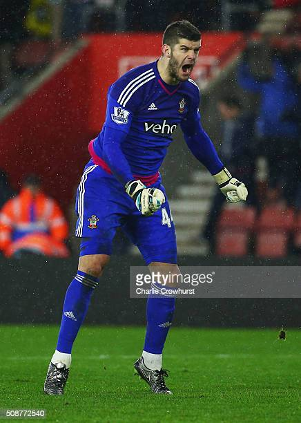 Fraser Forster of Southampton celebrates victory after the Barclays Premier League match between Southampton and West Ham United at St Mary's Stadium...