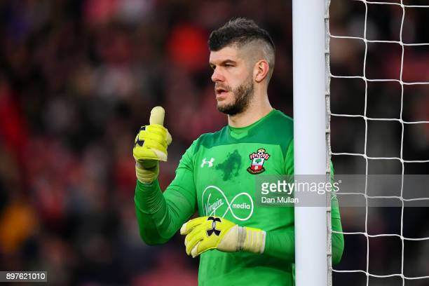 Fraser Forster of Southampton gives his eam instructions during the Premier League match between Southampton and Huddersfield Town at St Mary's...