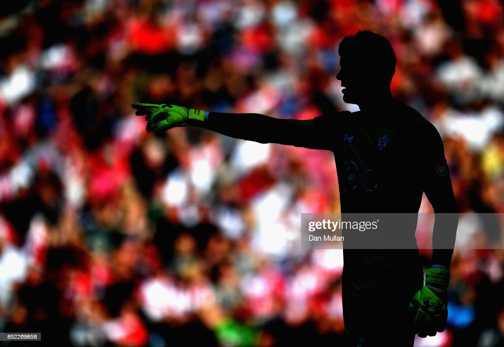 Fraser Forster of Southampton gives instruction during the Premier League match between Southampton and Manchester United at St Mary's Stadium on September 23, 2017 in Southampton, England.