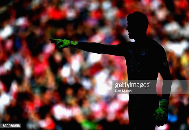 Fraser Forster of Southampton gives instruction during the Premier League match between Southampton and Manchester United at St Mary's Stadium on...