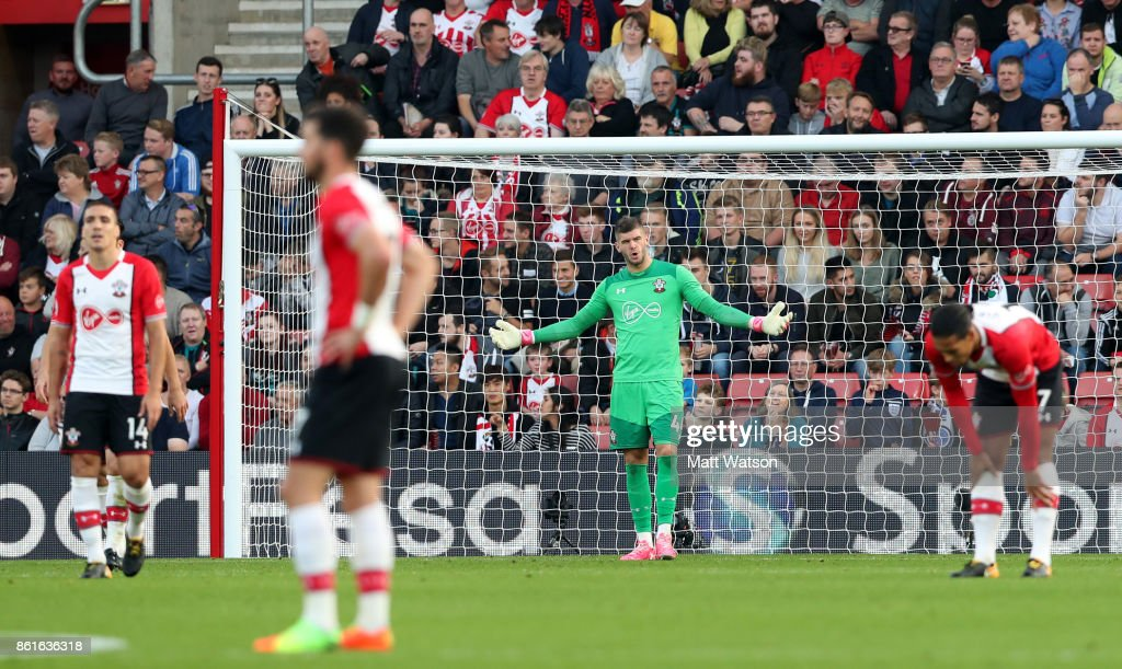 Southampton v Newcastle United - Premier League : News Photo