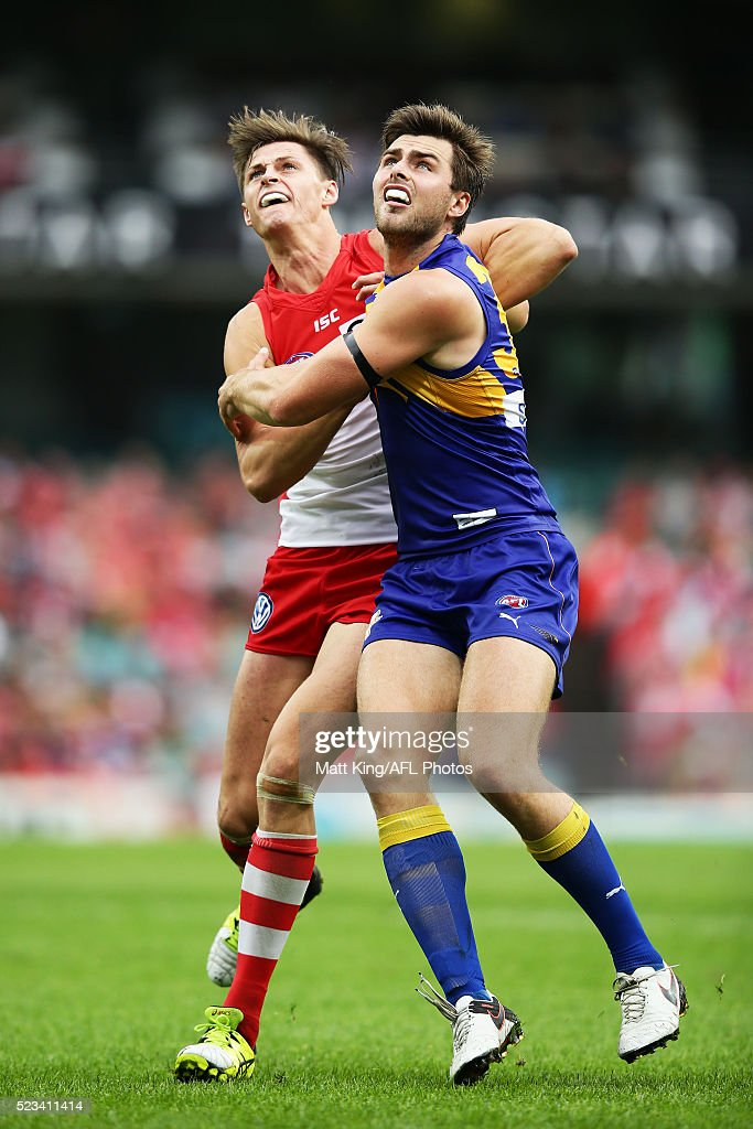 AFL Rd 5 - Sydney v West Coast : News Photo