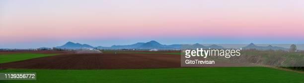 frassine-モンタニャーナ-エウガネイ丘陵の眺望-概要 - ヴェネト州 ストックフォトと画像