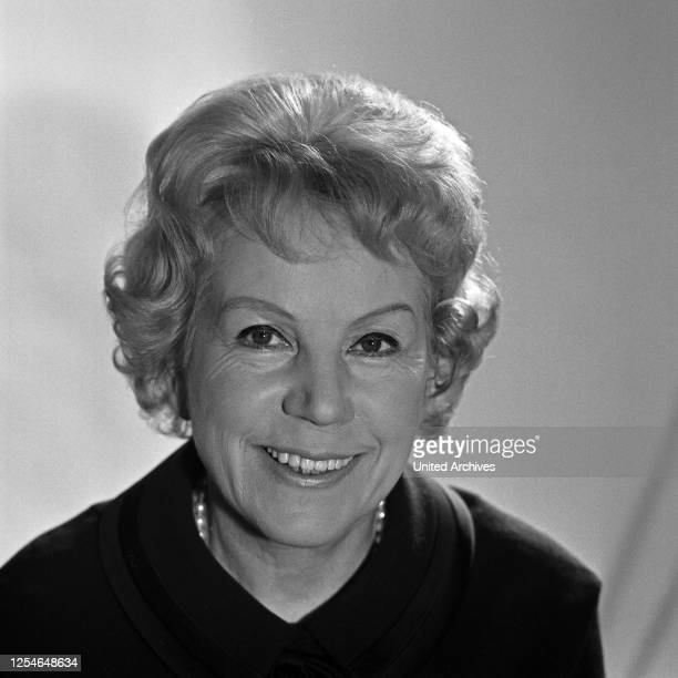 Frau Mülle-Prey, Deutschland 1960er Jahre.