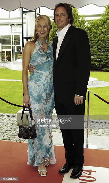 Frauke Ludowig and Kai Roeffen attends the Rosenball Charity Ball in aid of the SchlaganfallHilfe Foundation at Intercontihotel on June 5 2004 in...