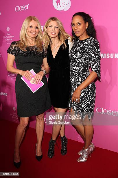 Frauke Ludowig Ursula Karven Barbara Becker attend the CLOSER Magazin Hosts SMILE Award 2014 at Hotel Vier Jahreszeiten on November 4 2014 in Munich...