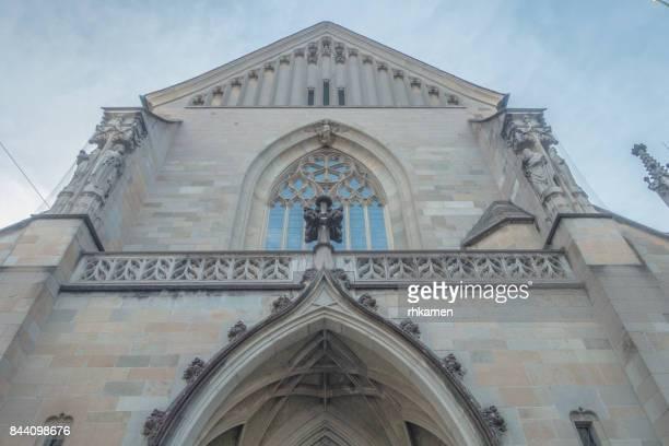 fraumünster church, zurich, switzerland - protestantismo - fotografias e filmes do acervo