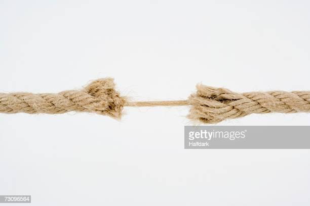 frayed rope - verdreht stock-fotos und bilder