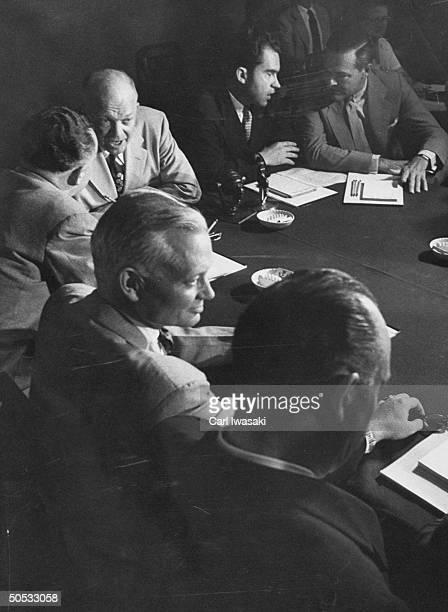Fred A. Seaton, Sherman Adams, Arthur E. Summerfield, Dwight D. Eisenhower, Richard M. Nixon and Henry Cabot Lodge Jr., conferring on Repub....