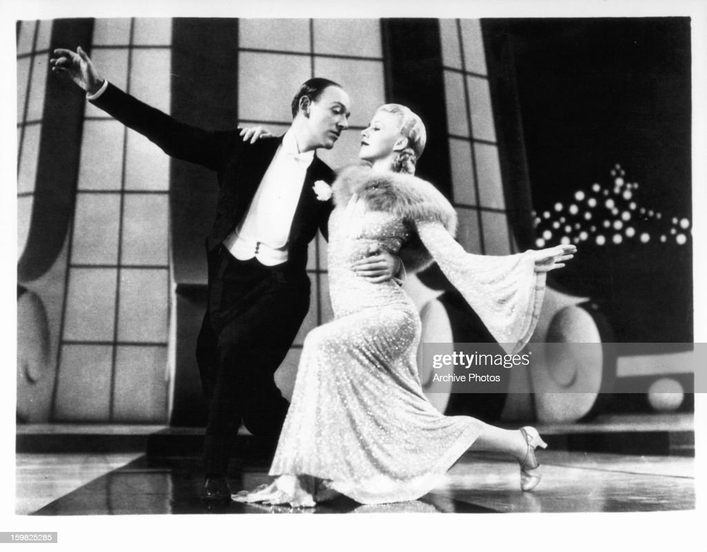 Fred Astaire And Ginger Rogers Dancing In A Scene From The Film News Photo Getty Images