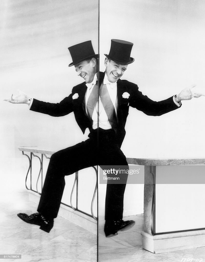 Fred Astaire Dancing Along Mirror : News Photo