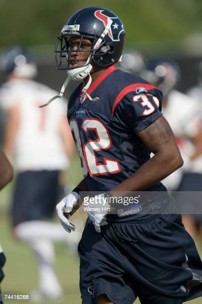 Fred Bennett of the Houston Texans works out during OTA camp at the Texans Methodist Training Center on June 6, 2007 in Houston, Texas.